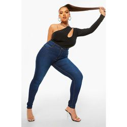 Grande Taille - Jean Skinny Taille Mi-Haute À 5 Poches - boohoo - Modalova