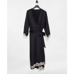 Selena - Kimono long en satin à bordures en dentelle - Ann Summers - Modalova