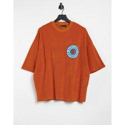 ASOS Daysocial - T-shirt oversize en tissu épongeavec écusson - ASOS Day Social - Modalova