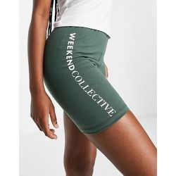 ASOS - Weekend Collective - Short legging à logo - Kaki - ASOS Weekend Collective - Modalova