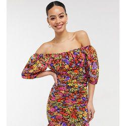 Robe courte froncée à imprimé floral - Influence Tall - Modalova