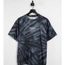 Tour - T-shirt effet tie-dye - - Exclusivité ASOS - Sixth June - Modalova