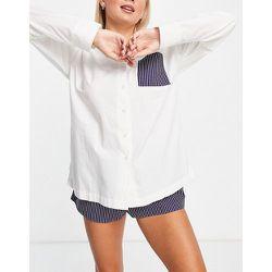 Ensemble de pyjama à rayures griffées avec chemise oversize et short - Topshop - Modalova