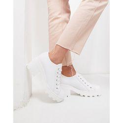 Chaussures lassées épaisses en toile - Truffle Collection - Modalova