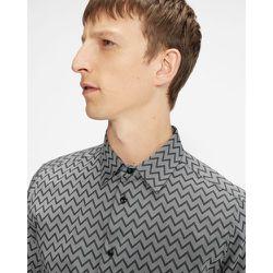 Short Sleeve Zigzag Monochrome Shirt - Ted Baker - Modalova