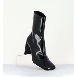 Boots bout carré en cuir glacé - Ekaterina Florentique - Miista - Modalova