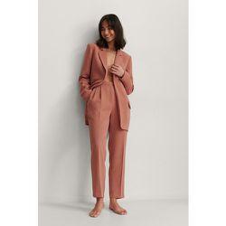 Pantalon De Costume Court À Pinces - Pink - NA-KD Classic - Modalova