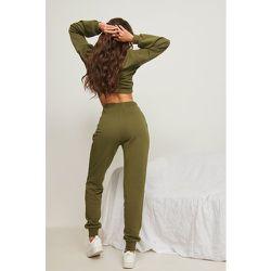 Pantalon de survêtement bio - Green - Pamela x NA-KD Reborn - Modalova