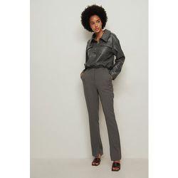 Recyclé Pantalon De Costume Ajusté À Fente Latérale - Grey - NA-KD Classic - Modalova