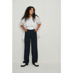 Recyclé Pantalon Jambe Large Et Taille Haute - Navy - NA-KD Classic - Modalova