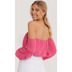 Recyclé Robe Épaules Dénudées Manches Ballon - Pink - Pamela x NA-KD Reborn - Modalova